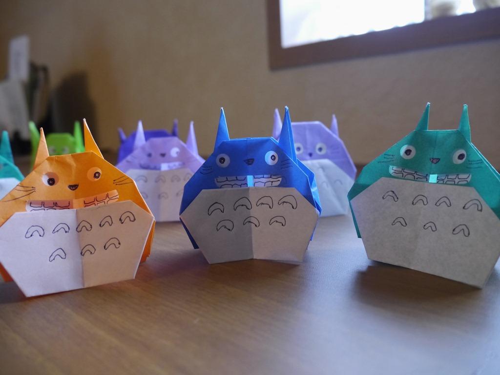 すべての折り紙 折り紙 口 : Pin 折り紙リース トトロと on ...